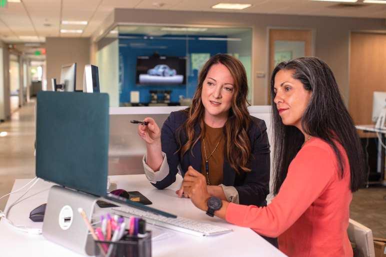 Liderança feminina nas organizações: inspire-se e aprenda dicas de como implementar