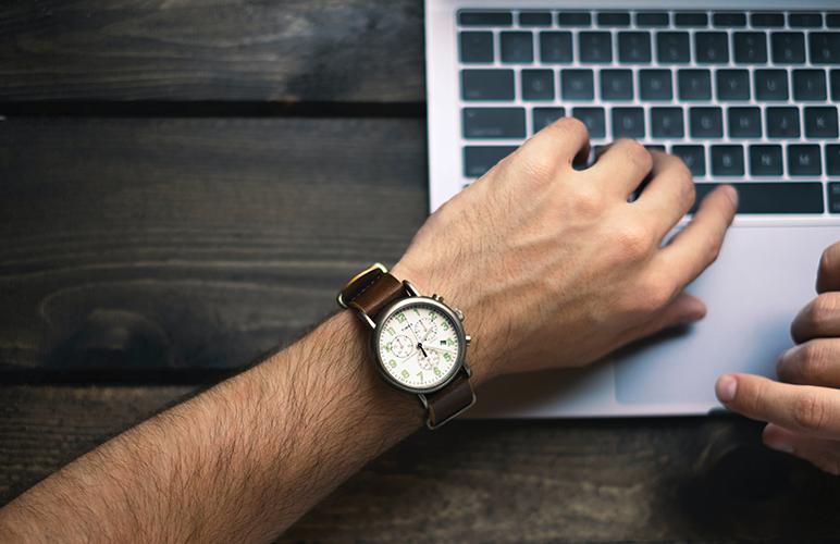 Gestão de tempo nas empresas: como pode impactar o seu negócio? + 6 dicas para começar já