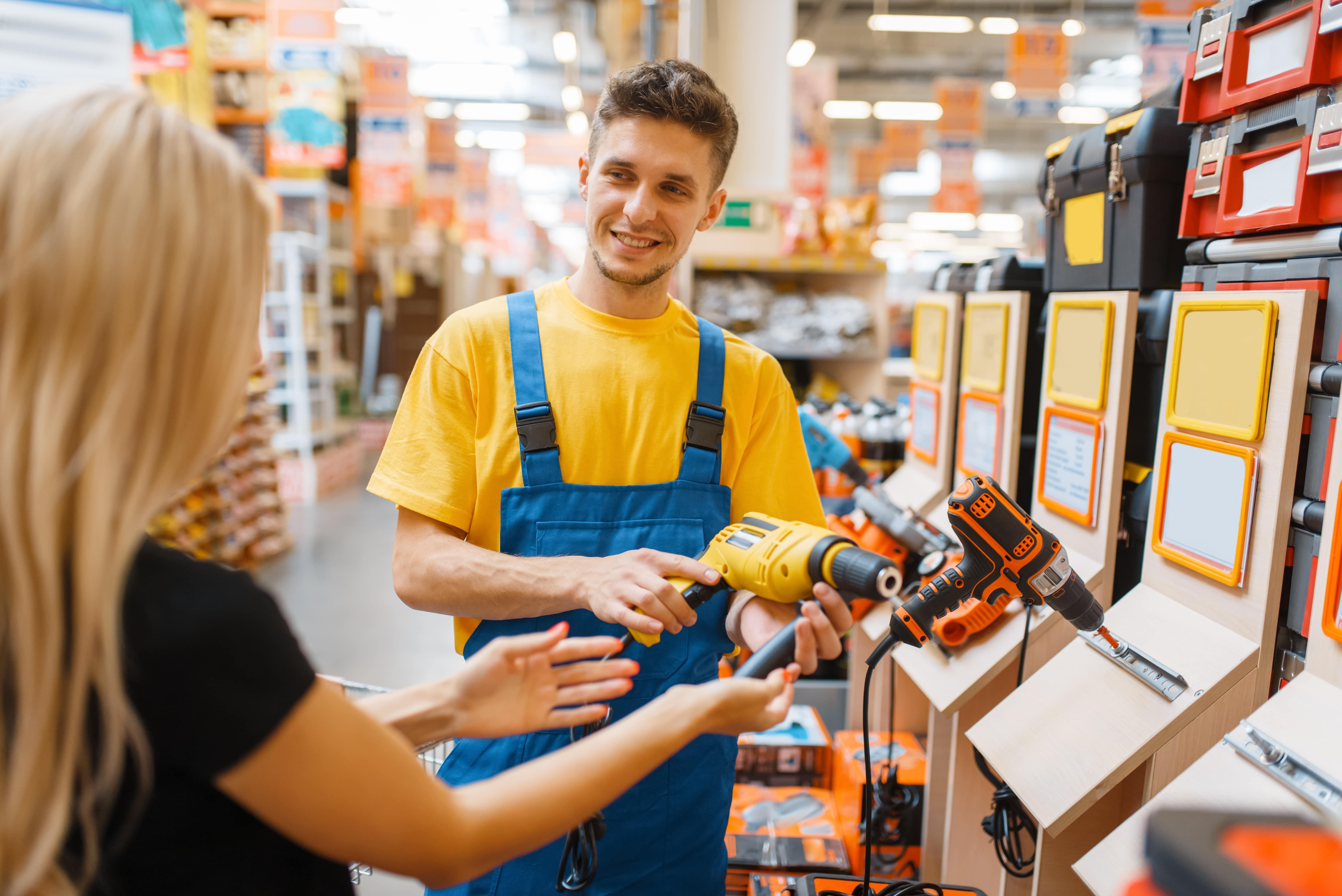 Como abordar o cliente quando ele chega na loja?