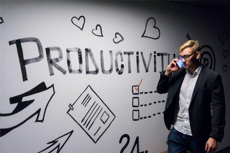 Gestão de tempo e produtividade: como treinar uma equipe comercial
