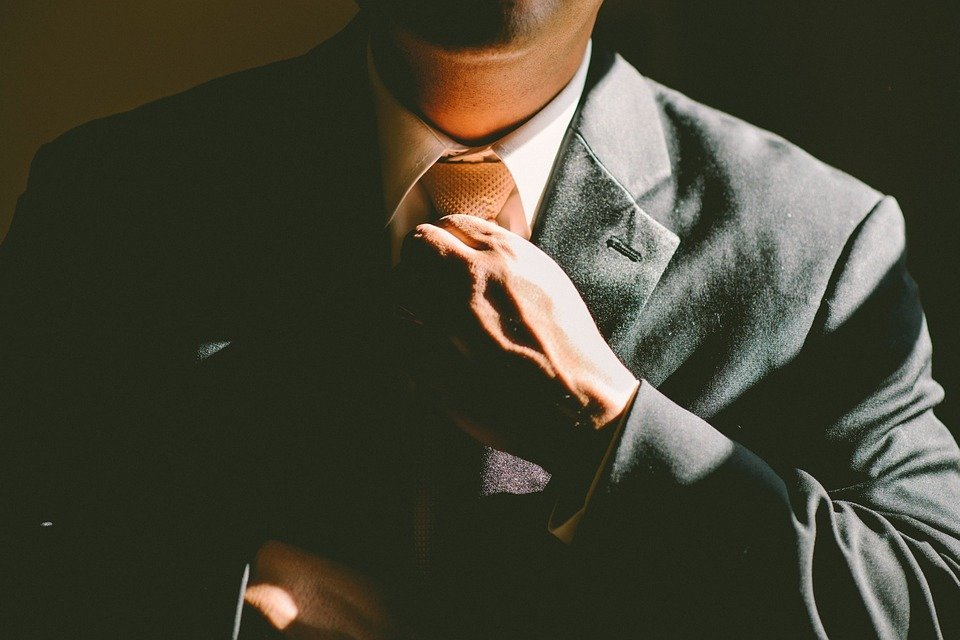 Agente comercial: tudo que você precisa saber para ser um profissional de alta performance!